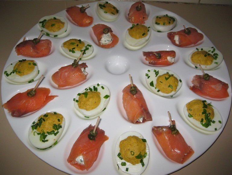 Party eggs and stuffed smoked salmon parcels