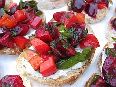 Post image for International Colour Incident – Merry Cherry Bruschetta